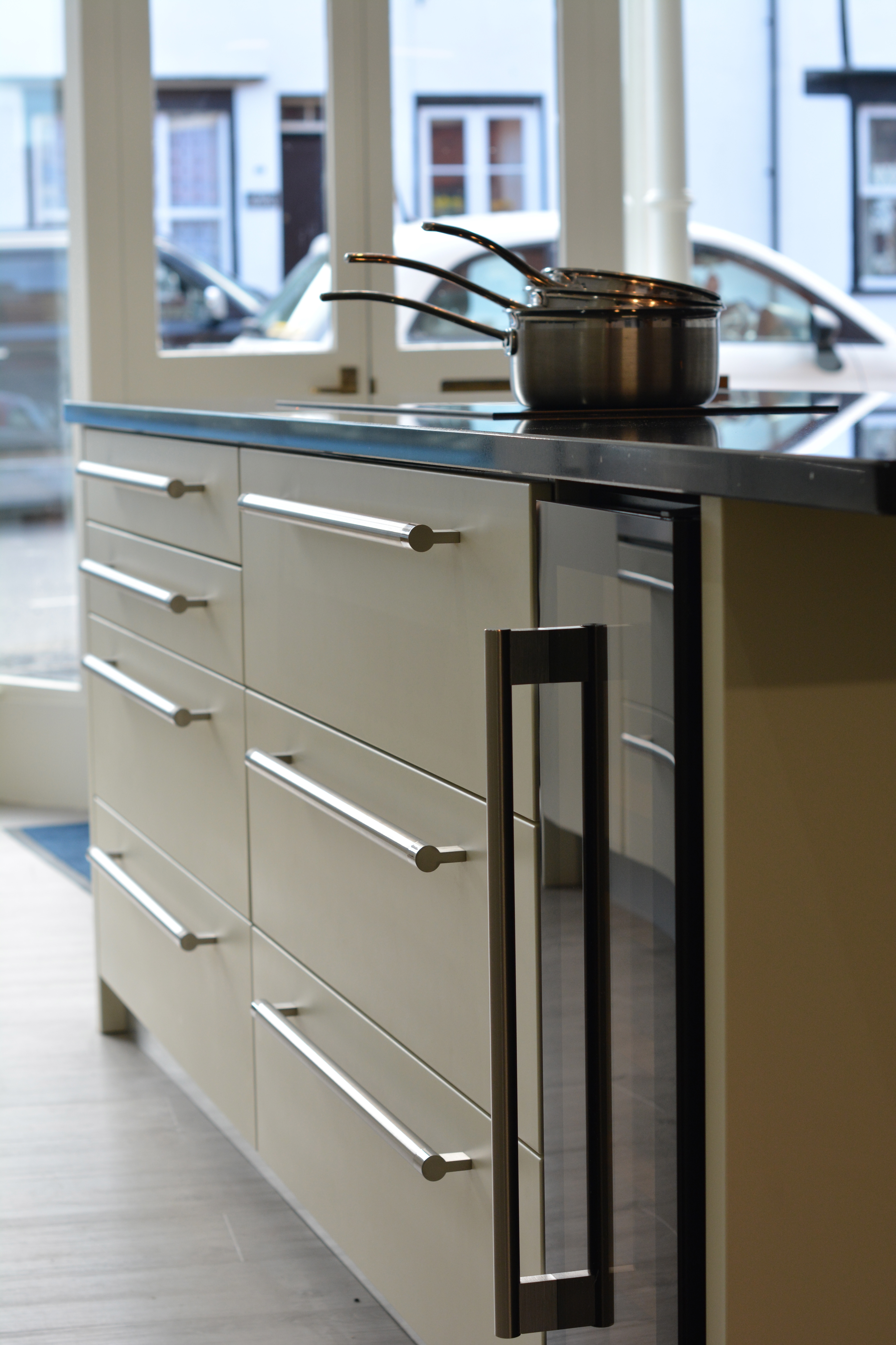 Welshpool kitchen company for Kitchen company